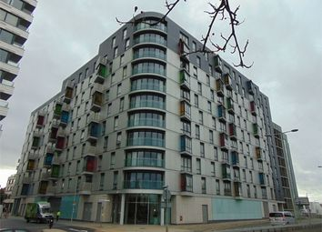 Thumbnail 2 bedroom flat for sale in Alfred Street, Reading, Berkshire