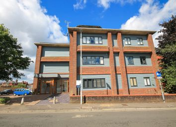 1 bed flat for sale in Cantelupe Mews, Cantelupe Road, East Grinstead RH19