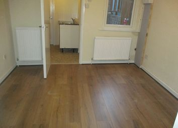 Thumbnail 1 bed flat to rent in 1 Bedroom Ground Floor Flat, Town Centre, Bedford