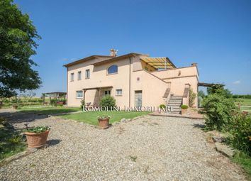 Thumbnail Leisure/hospitality for sale in Castiglion Fiorentino, Tuscany, Italy