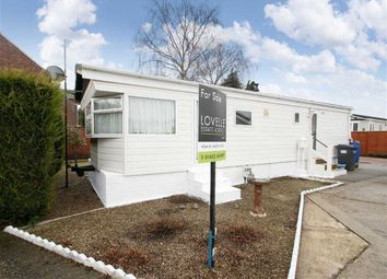 Thumbnail 2 bed mobile/park home for sale in Barton Broads Park, Maltkiln Road, Barton-Upon-Humber