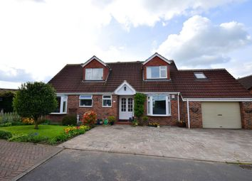 Thumbnail 5 bed bungalow for sale in Cutsyke Road, Featherstone, Pontefract