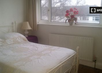Thumbnail Room to rent in Goring Way, Greenford