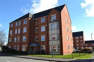 2 bed flat to rent in Duckham Court, Coventry CV6