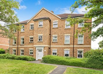 Thumbnail 2 bed flat to rent in Kenley House, Sycamore Rise, Bracknell