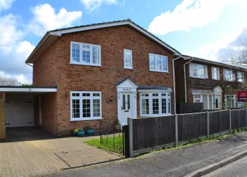 Thumbnail 4 bedroom detached house for sale in Erskine Close, Pamber Heath, Tadley