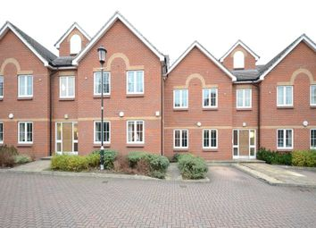 Thumbnail 2 bed flat for sale in Darwin Place, Bracknell, Berkshire