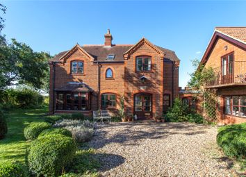 Thumbnail 6 bed detached house to rent in New Bath Road, Twyford, Reading, Berkshire