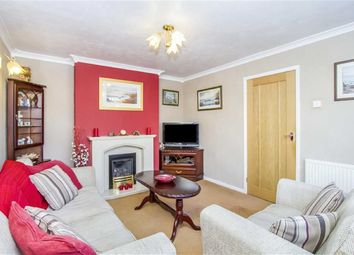 Thumbnail 3 bed flat for sale in Farnham Road, Romford, Greater London
