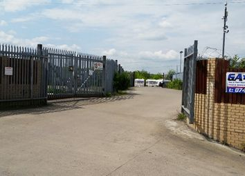 Thumbnail Parking/garage to let in Wakefield Road, Barnsley