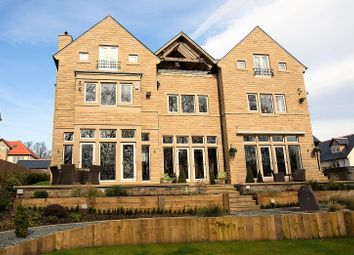 Thumbnail 6 bedroom detached house for sale in Delamere Gardens, Fixby, Huddersfield
