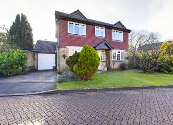 Selbourne Close, Crawley RH10. 3 bed detached house for sale
