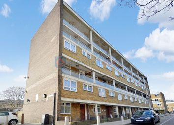 3 bed flat for sale in Frimley Way, London E1