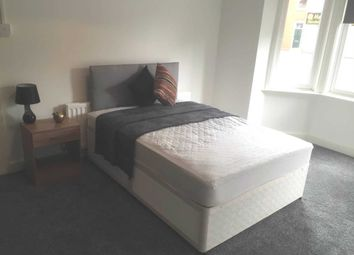 Thumbnail Room to rent in Wilderspool Causeway, Warrington