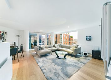 Thumbnail 3 bedroom flat for sale in Empire Square East, Borough, London