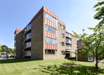 2 bed flat for sale in Christchurch Park, Sutton SM2
