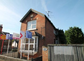 Thumbnail 1 bedroom flat to rent in Linkfield Street, Redhill