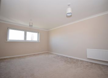 2 bed flat to rent in Scotter Road, Scunthorpe DN15
