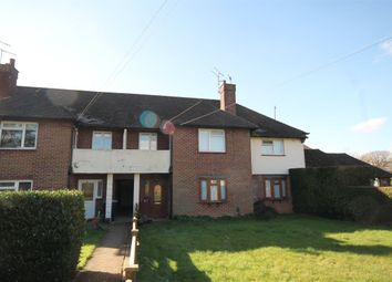 Thumbnail 2 bedroom flat for sale in Pollards Oak Road, Oxted