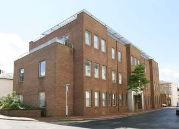 Thumbnail 2 bed flat to rent in Calverley Street, Tunbridge Wells