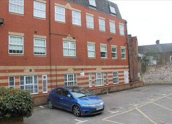 Thumbnail 2 bed flat to rent in Flat L, Langham House, East Mill Lane, Luton