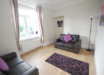 Thumbnail 1 bedroom flat to rent in Hosefield Road, Top Floor Right, 5Nb