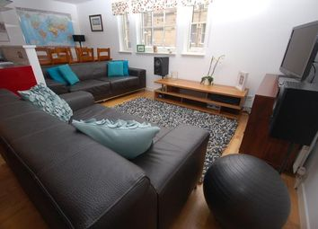Thumbnail 1 bed flat to rent in Valleyfield Street, Edinburgh