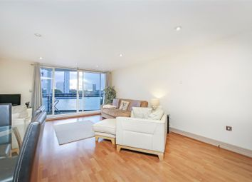 Apollo Building, 1 Newton Place, London E14. 2 bed flat for sale