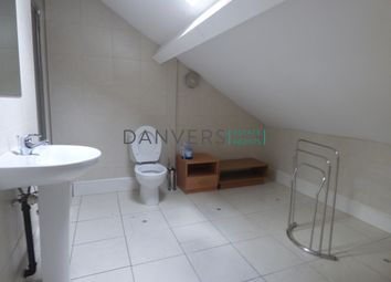 3 bed flat to rent in University Road, Leicester LE1