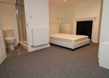 Randall Street, Maidstone, Kent ME14. 4 bed shared accommodation