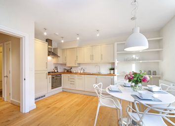 Thumbnail 2 bed flat to rent in Fulham Palace Road, Hammersmith
