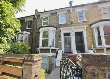 2 bed maisonette to rent in Shacklewell Lane, Hackney, London E8