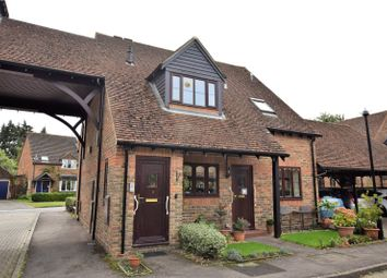 Highfield Court, Burghfield Common, Reading, Berkshire RG7. 1 bed flat for sale