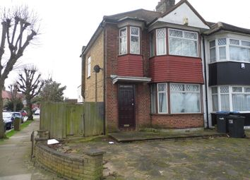 Thumbnail 3 bed end terrace house for sale in Barrowell Green, Winchmore Hill