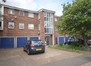 1 bed flat to rent in Whernside Close, London SE28
