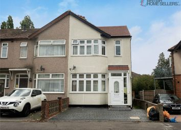 Glenwood Avenue, Rainham, Greater London RM13. 4 bed end terrace house