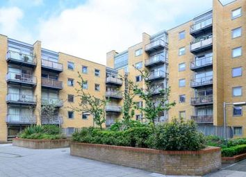Thumbnail 1 bedroom flat to rent in Constable House, Cassilis Road, Canary Wharf, London