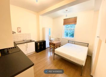 Room to rent in Royal Collage Street, Camden NW1
