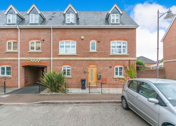 4 bed town house for sale in Rumbush Lane, Dickens Heath, Shirley, Solihull B90