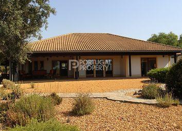 Thumbnail 5 bed villa for sale in Santa Barbara De Nexe, Algarve, Portugal