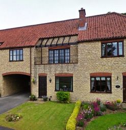 Thumbnail 3 bed town house to rent in Viking Close, Waddington