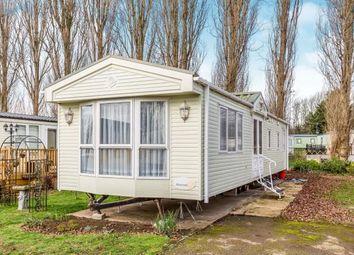 Thumbnail 2 bedroom mobile/park home for sale in Kingfisher Drive, Billing Aquadrome, Crow Lane, Northampton