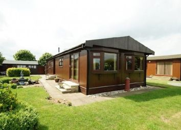 Thumbnail 2 bed mobile/park home for sale in The Elms (Ref 5434), Torksey, Lincolnshire