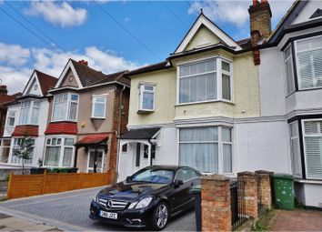 Thumbnail 3 bedroom flat for sale in Thornsbeach Road, Catford