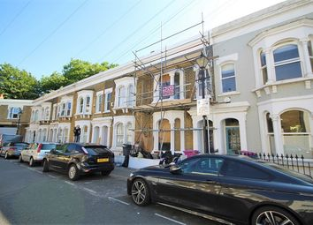 3 bed terraced house to rent in Lockhart Street, London E3