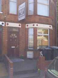 Thumbnail 1 bedroom flat to rent in Hazelbury Crescent, Luton