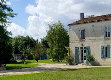 Thumbnail Farm for sale in La-Rochelle, Charente-Maritime, France