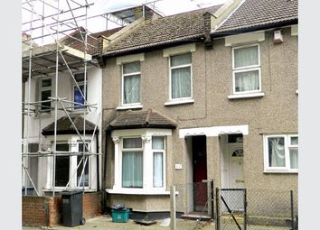 Thumbnail 3 bed terraced house for sale in Cross Road, Croydon