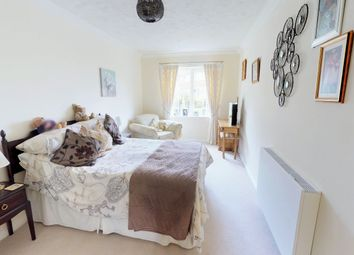 Thumbnail 1 bed flat for sale in Linden Lodge, Linden Road, Bicester, Oxfordshire
