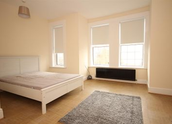 Thumbnail 4 bedroom detached house to rent in Bolton Road, Harlesden